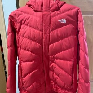 Women's north face jacket size medium.